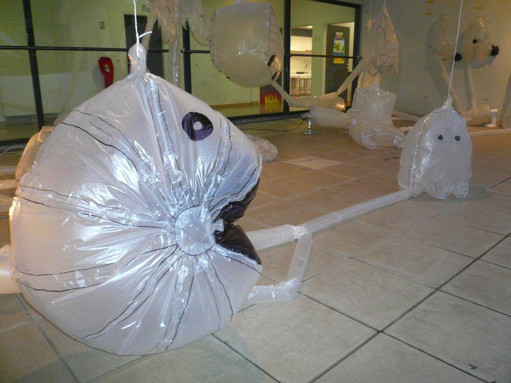 pacman sculpture gonflable polyane